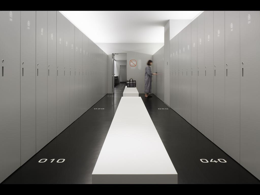 ナインアワーズ成田空港のロッカー
