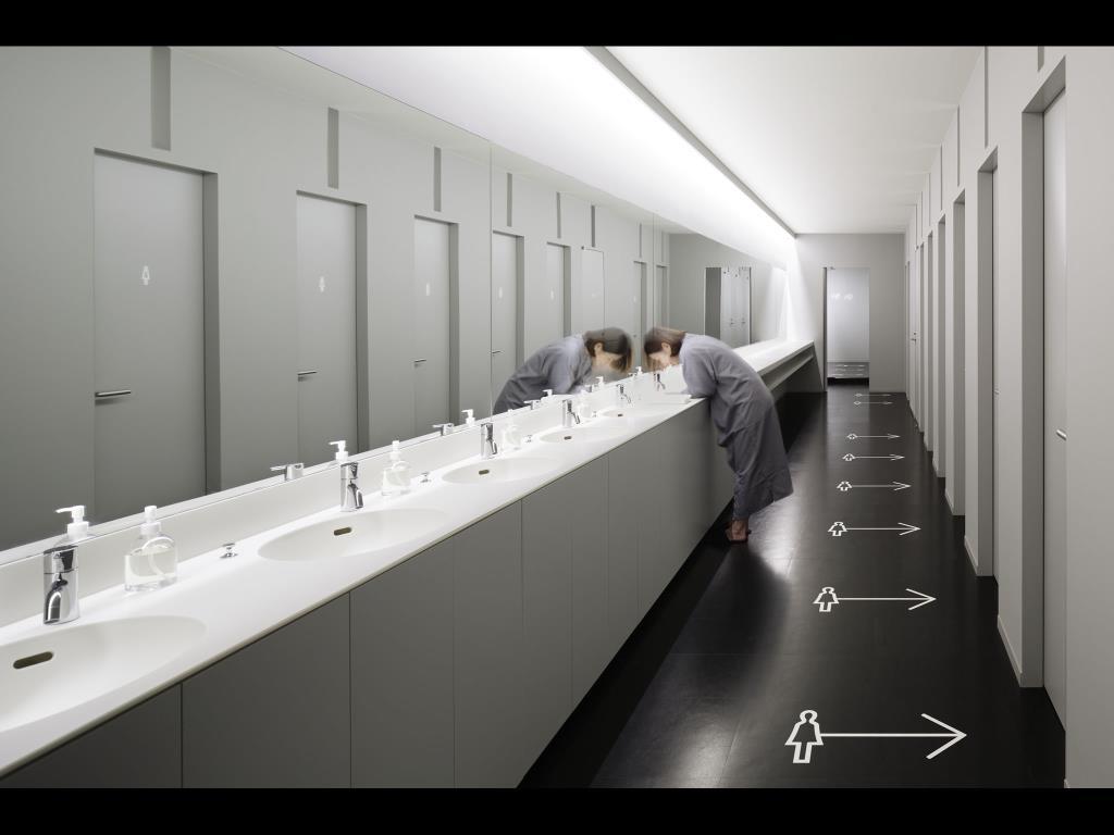 ナインアワーズ成田空港の洗面室